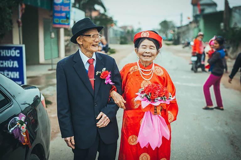đám cưới kim cương là bao nhiêu năm?